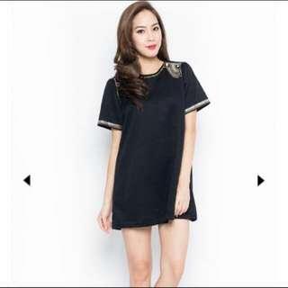 86b10a48042 Black Embellished Top