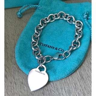 原價$2500 Tiffany & Co 心形吊飾手鍊 Classic Bracelet