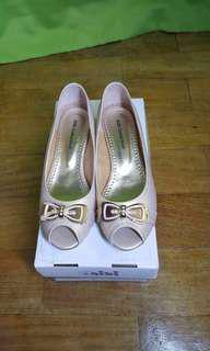 Gibi Peep Toe Shoes