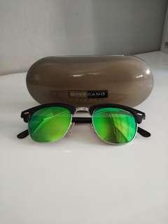 Giordiano neon sunglasses