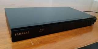 SAMSUNG BLU-RAY DISC PLAYER BD D5300 XS