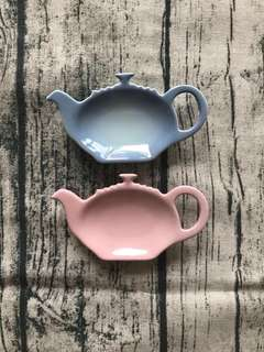 Le Creuset teabag holder 茶包碟一隻