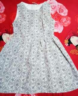 #merdeka73 dress grey mutiara,  defect sobek dikit di furing bagian samping