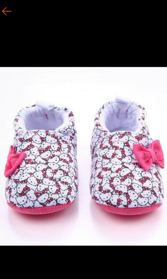 60b385d3bfd Instocks Baby hello kitty shoes
