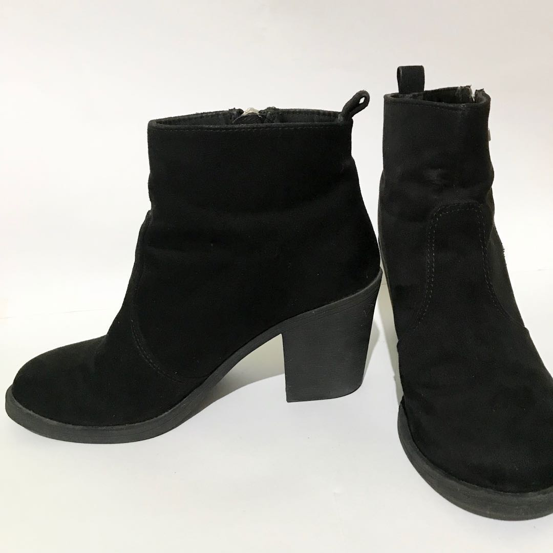 39ac8a5098c H M Black Chunky Boots AUTHENTIC
