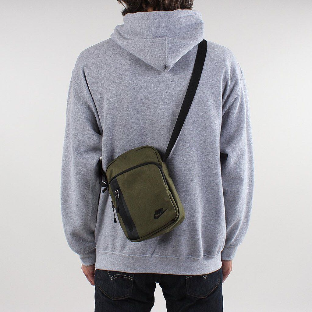 INSTOCK Authentic Nike Tech Small Sling Bag 177d3feff07fa