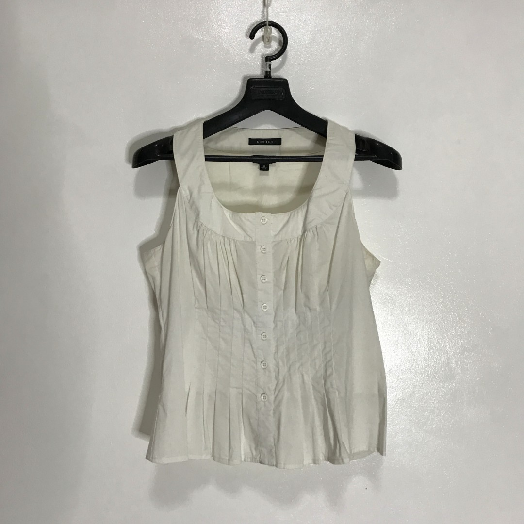 73ffdd0a60889 Nine West Sleeveless Top (can fit up to semi large)