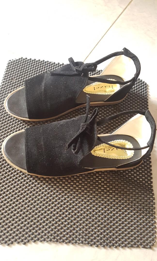 Preloved sandal santai good condition
