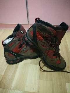 Salomon 3D Chassis Hiking Shoe