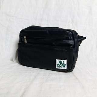 9070 防水斜背細袋 Messenger Bag