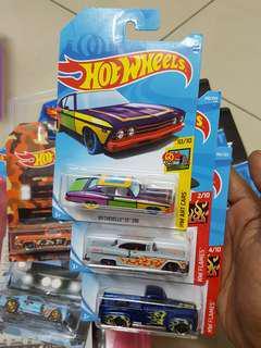 Hot Wheels lot 3Card