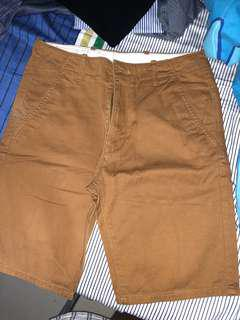 Levis brown shorts