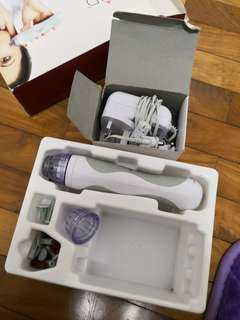 Personal Microderm PMD (microdermabrasion)