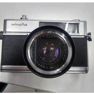 Minolta Hi-Matic 7 Rangefinder analog Camera with Rokkor  1:1.8 45mm Lens