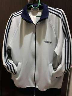 Free shipping!!Adidas jacket can fit med. to large