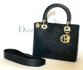 Sale today!! 🇮🇩 Lady dior medium vintage with ad. Strap, box and pb..