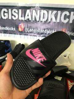 Nike slide Uk 5.5, euro 37.5