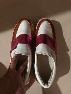 sepatu orange/pink