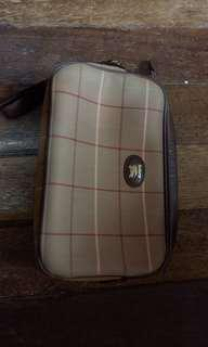 Burbery pouch