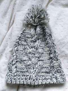 White and grey marble beanie