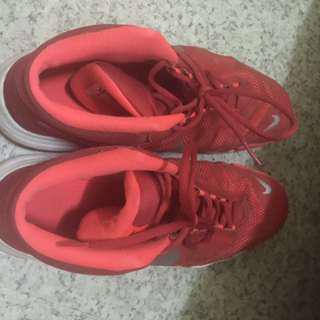 🚚 Nike 籃球鞋 29號 七成新