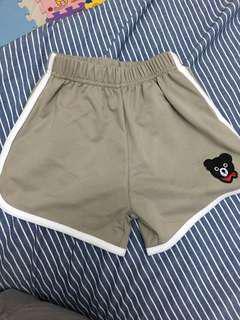 童短褲 「尺寸拿大ㄧ碼」尺寸120