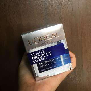 Loreal White Perfect Clinical Day Cream SPF 19 PA +++