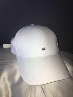 Tommy Hilfiger white hat AUTHENTIC brand new