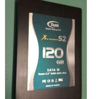 MLC SSD 2.5inch 固態硬碟 SATA3 (6Gb/s R550 W500)