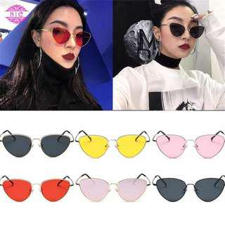 #merdeka73 Kacamata segitiga / retro sunglasses / cat eye glasses / kacamata mata kucing / kacamata kekinian / kacamata summer / kacamata selebgram / retro eyeglasses