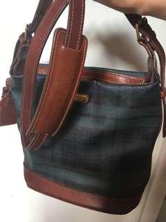 經典水桶緑色POLO 袋🈹❤️👍長帶、絶版,ok 新淨,係袋內舊小小,所以平售,祇SF 到付,不面交,以上相片已提供尺寸。😊