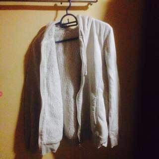 Sweater Uniqlo (dalam jenis berbulu)