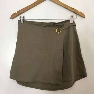 Nude Skirt with Buckle