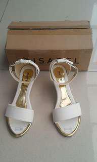 Sepatu Cantik