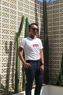 Kaos supreme putih