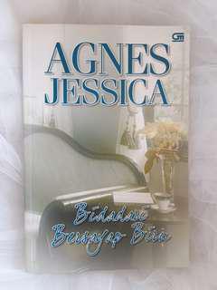 """""""Bidadari Bersayap Biru"""" Novel by Agnes Jessica"""