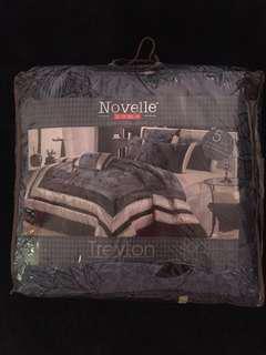 Novelle Comforter Set (5 in 1)