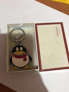 gantungan kunci coach pinguin