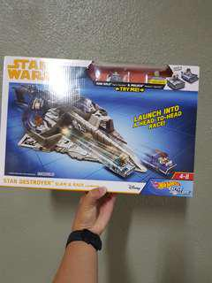 Hot Wheels Star Wars: Star Destroyer Slam & Race Launcher