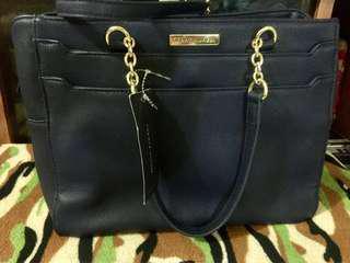 Original TOMMY HILFIGER tote bag..color black leather SALE!!!