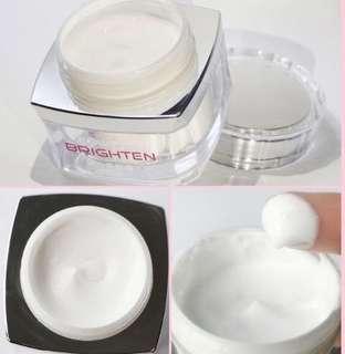 Toning light cream 素顏霜