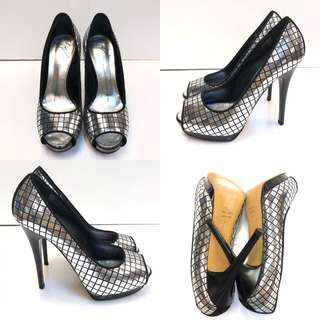 全新高跟鞋 New Giuseppe silver black checkers open toe high heel size 37