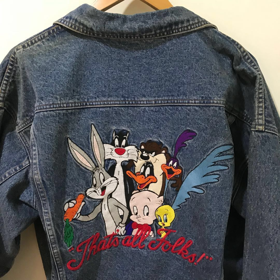 49f7d6c9e2 1995 Vintage Warner Brothers Looney Tunes Denim Jacket