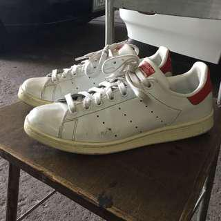 stan smith red tab
