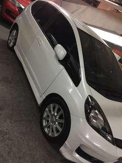 Honda jazz RS matic tahun 2013 putih