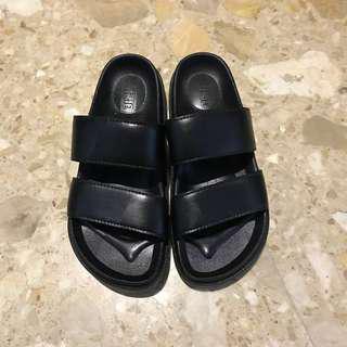 Double strap Black Sandals