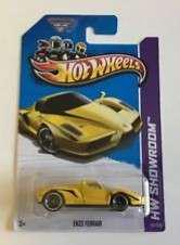 Hot Wheels Enzo Ferrari Yellow showroom