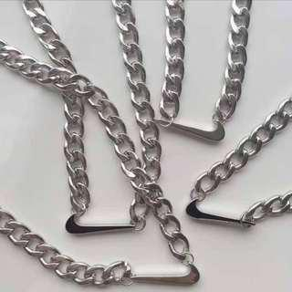 ✨[instock] S925 sliver nike swoosh tick / logo statement necklace / chain