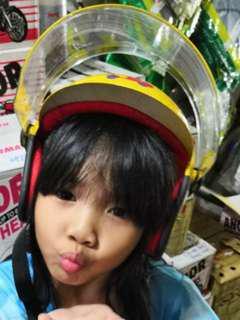 Kid helmet kanak budak sekolah kuning cartoon