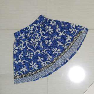 Blue Batik Skirt Free size pinggang karet. Rok batik biru